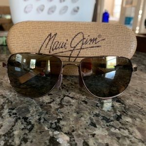 Maui Jim Sunglasses w/ Protective Case